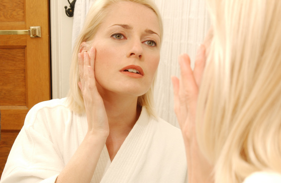 New Year, New You: 6 Mistakes You're Making While Washing Your Face